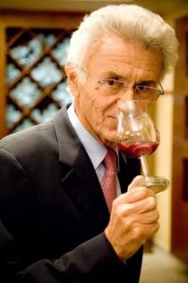 世界的ワインの製造・販売主 ジョルジュ デュブッフ氏
