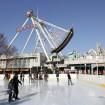 としまえんに冬季限定オープンした首都圏最大級の屋外アイススケートリンク