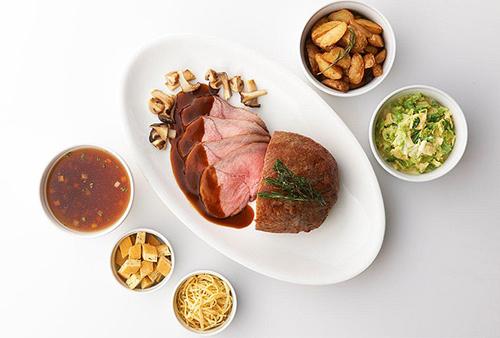 本格的なオーストリア料理をブッフェスタイルで楽しめる「オーストリア フードフェア」