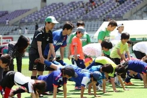 サッカーをするための基本的な身体づくり「体幹トレーニング体験」