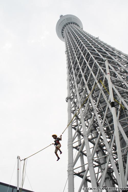 高さ最大7mまでジャンプできる「ジャンプゾーン」 イメージ