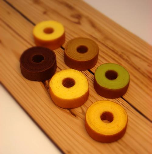 バニラ、チョコレート、抹茶のバウムクーヘンハーモニー「森の散歩道」