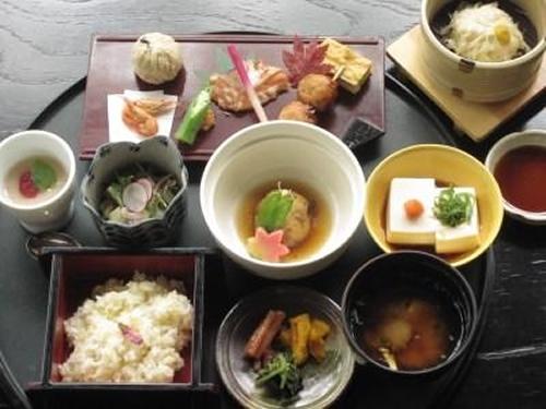 「ままごと屋」昼食イメージ