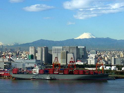 東京みなと館から望む富士山の景色 画像:©一般社団法人東京都港湾振興協会