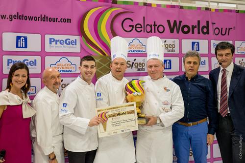 選考委員による選考と一般投票で一番美味しいジェラートグランプリを決定