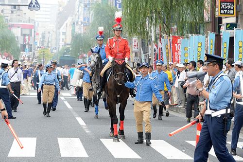 オープニングパレード