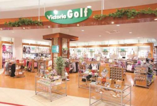 「ヴィクトリアゴルフ」試打コーナーも完備され、本格派も呻らせるゴルフ専門店