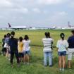 滑走路で飛行機の離発着を見学!「成田エアポート ワンデイ・サマースクール 2015」参加者募集中!(6/30締切)
