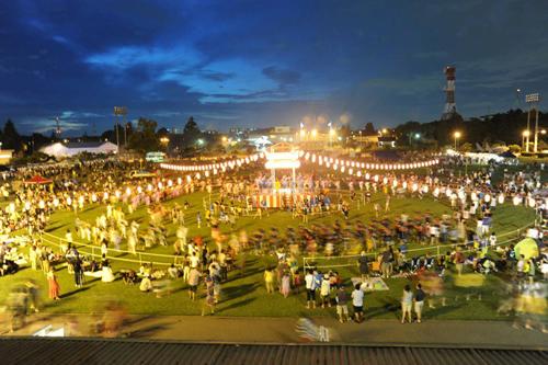 米海軍厚木基地「盆踊り&アメリカン・フェスティバル 2015」が今年は2015年8月8日(土)に開催