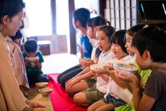 <子供のための茶道教室>(江戸東京たてもの園)