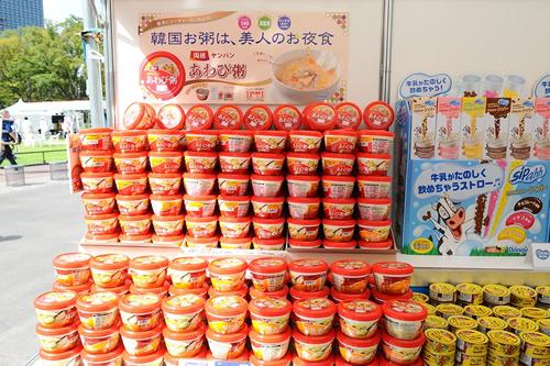韓国から日本に輸入されている食品が揃ったフードマーケット