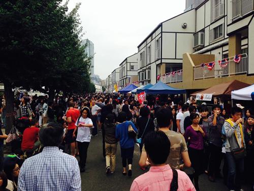 アメリカ大使館開放イベント「コミュニティ・フレンドシップ・デー2015」が8月29日(土)に開催(定員3,500人)