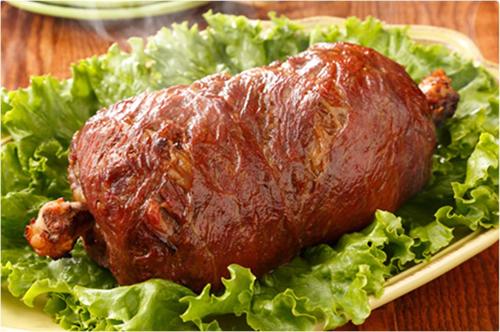 マンガに出てくるような骨付き肉(通称マンガ肉)をエバラ「黄金の味」を使って調理