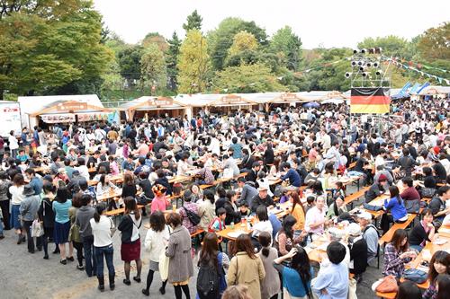 ドイツ大使館主催「ドイツフェスティバル 2015」が10/30(金)~11/3(火・祝)の5日間、青山公園で