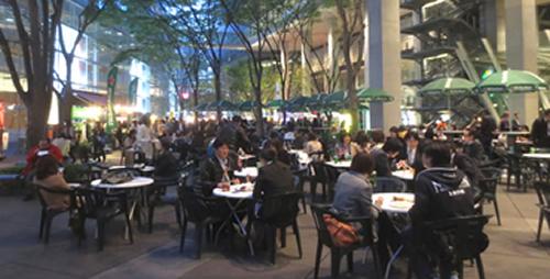 東京国際フォーラム地上広場