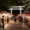府中・大國魂神社で「秋季祭・くり祭」が9月27日、28日に開催 - 約260本の幻想的な行灯が境内を照らす