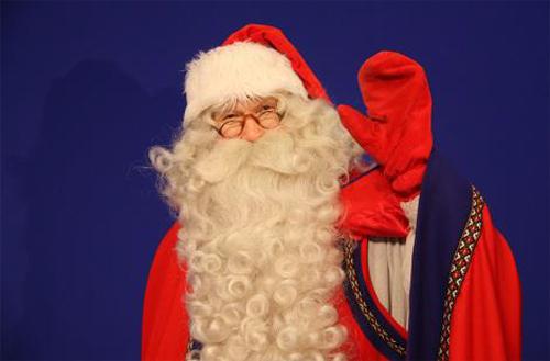 12月23日には北欧旧ラップランド州公認のサンタクロースもお目見え