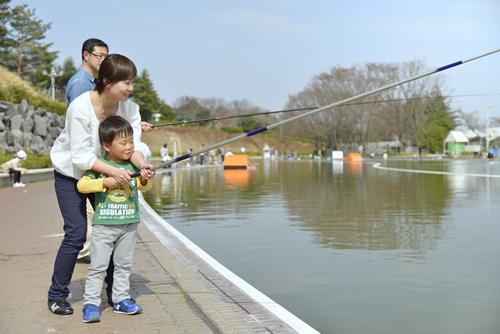 大物釣りエリアも登場!西武園ゆうえんちに「フィッシングランド」が2016年5月8日までオープン