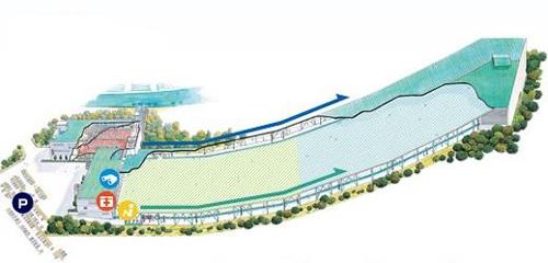 全長300m、幅30m、リフト2基を備えた屋内スキー場