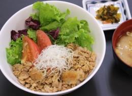 埼玉県内の郷土料理を提供する「菖蒲のごはん屋さん」