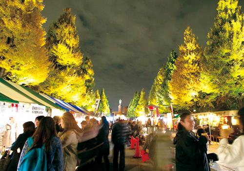 日本各地の物産品やグルメを販売する物販・飲食ブースも多数出店