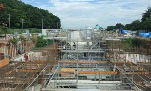 建設が進む「堀之内地区函渠工事」。当日は建設状況を地上から見学。